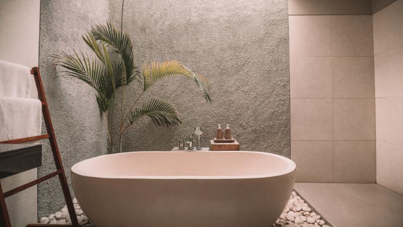 Comment aménager une salle de bain sans fenêtre ?